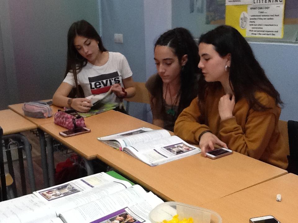 Resumen FCE 2 Abril 2018 Centro Ayora